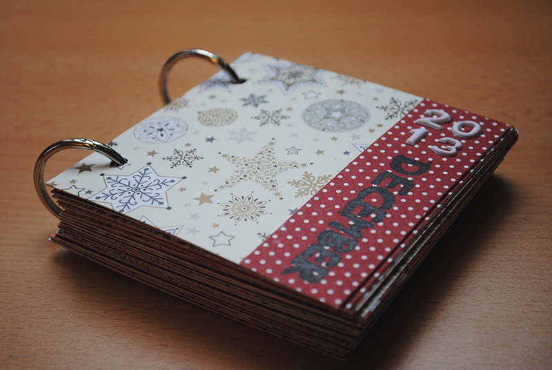 30 Days of Lists // December 2013 // Mini-Book